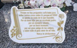 Libros y Pergaminos para cementerio