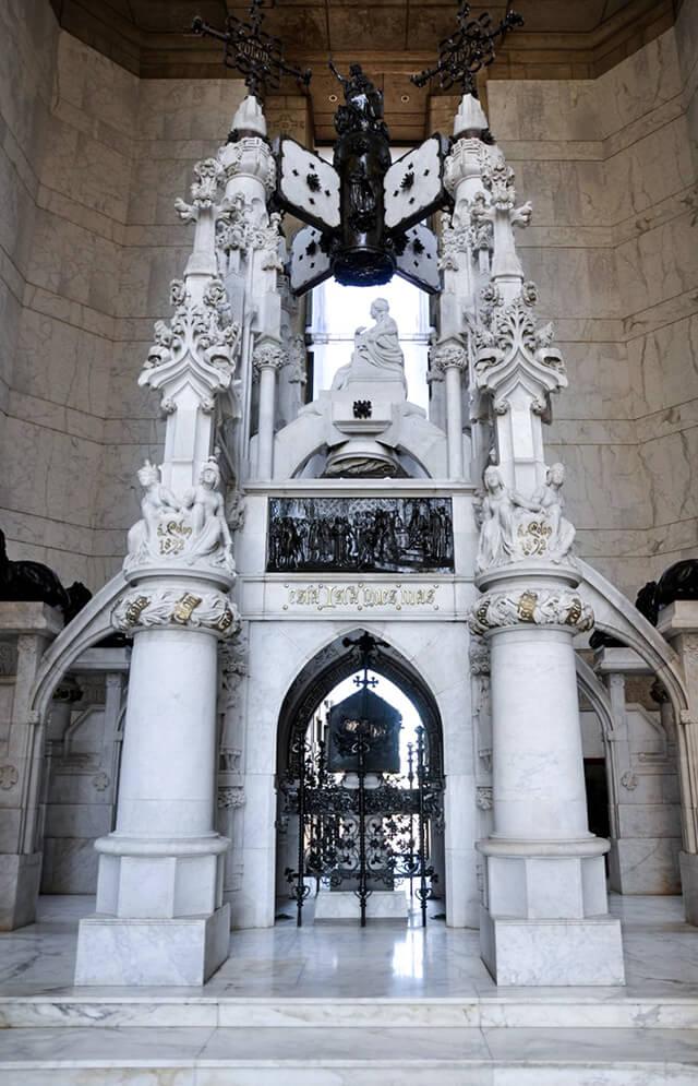 Monumento Faro a Colon