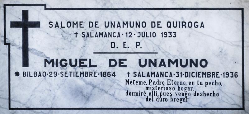 Lápida de Miguel de Unamuno