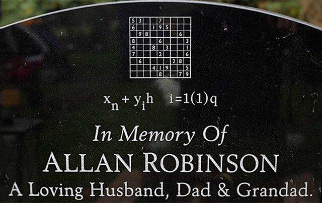 Lápida de un famoso matemático y apasionado de los sudokus